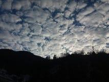 Σύννεφα στα μέρη Στοκ φωτογραφίες με δικαίωμα ελεύθερης χρήσης