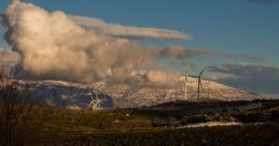 Σύννεφα στην οροσειρά Νεβάδα Στοκ εικόνα με δικαίωμα ελεύθερης χρήσης