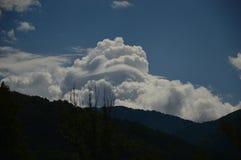 Σύννεφα στον ουρανό, Castejon Στοκ Εικόνες