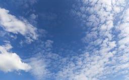 σύννεφα συμπαθητικά Στοκ φωτογραφία με δικαίωμα ελεύθερης χρήσης