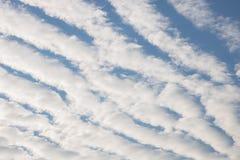 Σύννεφα undulatus stratiformis Altocumulus Στοκ φωτογραφίες με δικαίωμα ελεύθερης χρήσης