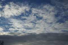 Σύννεφο και ουρανός το φθινόπωρο Στοκ εικόνες με δικαίωμα ελεύθερης χρήσης