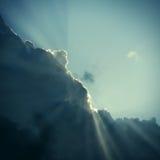 Σύννεφο και φως του ήλιου Στοκ Φωτογραφίες