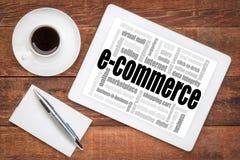 Σύννεφο λέξης ηλεκτρονικού εμπορίου στην ταμπλέτα Στοκ Εικόνα