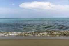 Σύννεφο πέρα από τη θάλασσα Στοκ φωτογραφίες με δικαίωμα ελεύθερης χρήσης