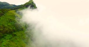 Σύννεφο στο βουνό φιλμ μικρού μήκους