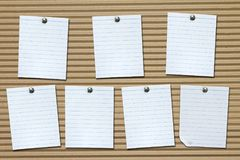 Σύνολο άσπρων εγγράφων σημειώσεων για το χαρτόνι Στοκ φωτογραφία με δικαίωμα ελεύθερης χρήσης