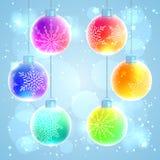 Σύνολο έξι ζωηρόχρωμων σφαιρών Χριστουγέννων ουράνιων τόξων Στοκ Εικόνες