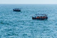 Σύνολο βαρκών των τουριστών στοκ φωτογραφία με δικαίωμα ελεύθερης χρήσης