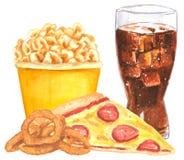 Σύνολο γρήγορου γεύματος, πίτσα, δαχτυλίδια κρεμμυδιών, popcorn, κόλα στοκ φωτογραφία