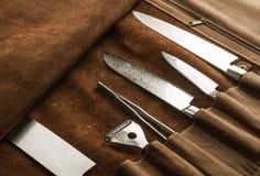 Σύνολο επαγγελματικών εργαλείων μαγείρων Ειδική περίπτωση των μαχαιριών μαγείρων Στοκ φωτογραφία με δικαίωμα ελεύθερης χρήσης