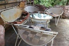 Σύνολο καθιστικών φιαγμένο από σχάρα χάλυβα στοκ φωτογραφία με δικαίωμα ελεύθερης χρήσης