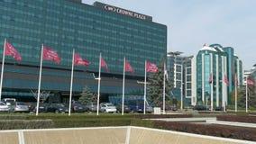 Σύνολο κτιρίων γραφείων που βρίσκεται σε ένα νέο εμπορικό κέντρο σε Βελιγράδι απόθεμα βίντεο