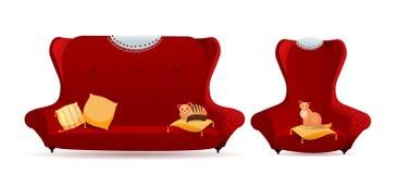 Σύνολο κόκκινης πολυθρόνας με τον καναπέ και γατών στην μπροστινή άποψη μαξιλαριών που απομονώνεται στο άσπρο υπόβαθρο Εκλεκτής π απεικόνιση αποθεμάτων