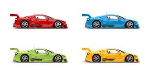 Σύνολο κόκκινων, πράσινων, μπλε και κίτρινων σύγχρονων έξοχων αθλητικών αυτοκινήτων - πλάγια όψη ελεύθερη απεικόνιση δικαιώματος