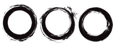 Σύνολο μαύρων κτυπημάτων κύκλων grunge Στρογγυλό μελάνι brushstrokes Αντικείμενα χωριστά από το υπόβαθρο Διανυσματικά στοιχεία γρ ελεύθερη απεικόνιση δικαιώματος