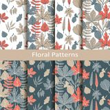 Σύνολο με οκτώ άνευ ραφής διανυσματικά floral σχέδια με συρμένα τα χέρι φύλλα σχέδιο για τη συσκευασία, καλύψεις, κλωστοϋφαντουργ διανυσματική απεικόνιση