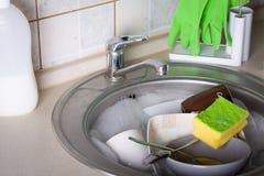Σύνολο νεροχυτών των πιάτων πλύσης Στοκ Εικόνες