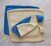 Σύνολο πλεκτών προσφορά καπέλων για νεογέννητο Στοκ εικόνα με δικαίωμα ελεύθερης χρήσης