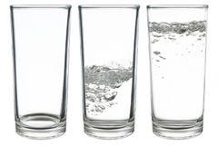σύνολο ποτηριών του νερού που απομονώνεται στο λευκό Στοκ φωτογραφία με δικαίωμα ελεύθερης χρήσης