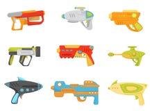 Σύνολο πυροβόλων όπλων παιχνιδιών, πιστόλια όπλων και αμμοστρωτικές μηχανές για τη διανυσματική απεικόνιση παιχνιδιών παιδιών σε  ελεύθερη απεικόνιση δικαιώματος