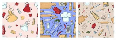 Σύνολο συρμένου χέρι άνευ ραφής σχεδίου με τα εργαλεία κουζινών διανυσματική απεικόνιση