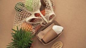 Σύνολο τσαντών σειράς πλέγματος ανακύκλωσης των λαχανικών και των φρούτων, eco frindly καμία πλαστική έννοια 4k απόθεμα βίντεο