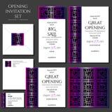 Σύνολο των καρτών πρόσκλησης με τη ρόδινη διακόσμηση Άνοιγμα καταστημάτων Συλλογή: κάρτες, φάκελος, επαγγελματική κάρτα ελεύθερη απεικόνιση δικαιώματος
