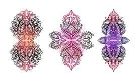 Σύνολο φυλετικών διακοσμήσεων boho με τους μαλακούς παφλασμούς watercolor Το διανυσματική απεικόνιση