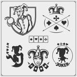 Σύνολο χαρτοπαικτικής λέσχης και εμβλημάτων και ετικετών πόκερ με τις κάρτες πλακατζών και παιχνιδιού Στοκ εικόνα με δικαίωμα ελεύθερης χρήσης