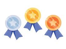 Σύνολο χρυσού, ασήμι, χάλκινο μετάλλιο με το αστέρι για την πρώτη θέση Τρόπαιο, βραβείο για το νικητή που απομονώνεται στο άσπρο  ελεύθερη απεικόνιση δικαιώματος