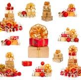 Σύνολο χρυσών εορταστικών κιβωτίων δώρων με τις σφαίρες Χριστουγέννων στο απομονωμένο υπόβαθρο Στοκ φωτογραφίες με δικαίωμα ελεύθερης χρήσης