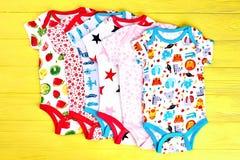 Σύνολο rompers μόδας μωρών Στοκ εικόνα με δικαίωμα ελεύθερης χρήσης