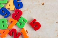 Σύνορα των ζωηρόχρωμων αριθμών παιχνιδιών Στοκ Φωτογραφίες
