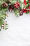 Σύνορα Χριστουγέννων στο χιόνι Στοκ Εικόνες
