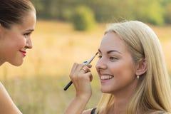 Σύνοδος Makeup στη φύση Στοκ εικόνες με δικαίωμα ελεύθερης χρήσης