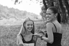 Σύνοδος Makeup στη φύση Στοκ εικόνα με δικαίωμα ελεύθερης χρήσης
