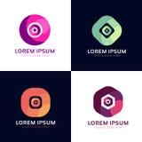 Σύνολο αφηρημένων γεωμετρικών αριθμών Δημιουργικά διανυσματικά σημάδια λογότυπων Στοκ φωτογραφία με δικαίωμα ελεύθερης χρήσης