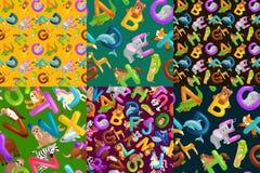 Σύνολο αλφάβητου ζώων για τις επιστολές παιδιών, εκπαίδευση διασκέδασης κινούμενων σχεδίων abc στην προσχολική, χαριτωμένη εκμάθη Στοκ Εικόνες