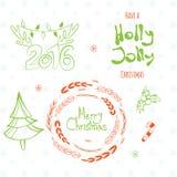 Σύνολο γραφικών ετικεττών Χριστουγέννων με το στεφάνι, το δέντρο πεύκων κέρατων ελαφιών και συρμένες τις χέρι επιστολές Στοκ φωτογραφία με δικαίωμα ελεύθερης χρήσης