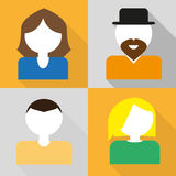 Σύνολο εικονιδίων των γυναικών και των ανδρών σε ένα επίπεδο σχέδιο διανυσματική απεικόνιση