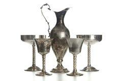 Σύνολο εκλεκτής ποιότητας ασημένια καλυμμένα goblets που απομονώνεται Στοκ Φωτογραφία