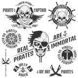 Σύνολο εκλεκτής ποιότητας εμβλημάτων πειρατών, δερματοστιξία, εικονίδιο, πουκάμισο γραμμάτων Τ Στοκ Φωτογραφίες
