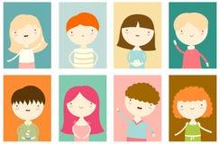 Σύνολο εμβλημάτων με τα χαριτωμένα αγόρια και τα κορίτσια ελεύθερη απεικόνιση δικαιώματος