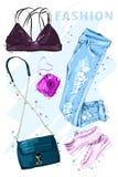 Σύνολο θερινής μόδας Εξάρτηση μόδας Μοντέρνος καθιερώνων τη μόδα ιματισμός Ενδύματα θερινών κοριτσιών μόδας καθορισμένα, εξαρτήμα διανυσματική απεικόνιση