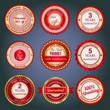 Σύνολο διακριτικών, ετικετών και αυτοκόλλητων ετικεττών πώλησης στο κόκκινο Στοκ Εικόνες