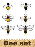 Σύνολο διανυσματικών τυποποιημένων μελισσών Συλλογή των λογότυπων με μια μέλισσα μελιού Εικονίδια με τα έντομα Στοκ Εικόνες