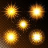 Σύνολο καμμένος αστεριού ελαφριάς επίδρασης, η θερμή κίτρινη πυράκτωση φωτός του ήλιου με τα σπινθηρίσματα σε ένα διαφανές υπόβαθ ελεύθερη απεικόνιση δικαιώματος