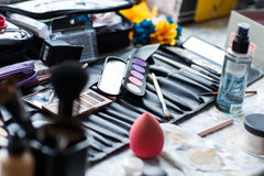 Σύνολο καλλυντικών για το επαγγελματικό makeup Στοκ φωτογραφία με δικαίωμα ελεύθερης χρήσης