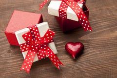 Σύνολο κιβωτίου δώρων με το αρσενικό ελάφι Στοκ Φωτογραφία